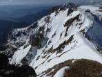 Blick v. Gipfel zur Reichensteinhütte; li. der obere Teil der  Roten Rinne (Abfahrtsroute)