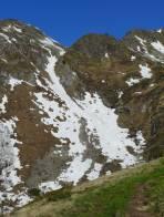 Die Rinne verbindet den Oberen und den Unteren Kaltenbachsee