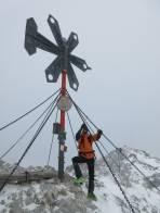 Am Gipfel beginnt es zu schneien
