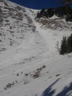 Rinne mit wenig Schnee, aber nichtsdestotrotz bestens befahrbar