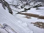 durchgehendes Schneeband in der Steilstufe