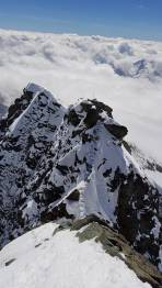 Gipfelgrat, Blick vom Gipfel