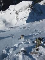 Abstieg vom Gipfel zum Skidepot