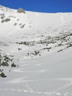 Perfekte Firnspur in der Bockgrube (mit Wideranstieg, je nachdem wie weit man abfährt, insgesamt mind. 1700 Hm)