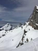 Unsere Aussicht unter den Felsen ggü. Südwandhütte Ri. Röth
