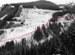 Dieser Wanderweg Nr.: 969 ist noch immer markiert und derzeit in den aktuellen Landkarten als Wanderweg und Skiroute eingezeichnet.