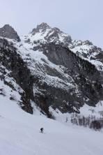 ausschwingen und Rückblick Aufstieg und Abfahrt Maisenbergrinne